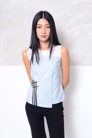 [BUY]Collection- Slvless button through blouse in grey