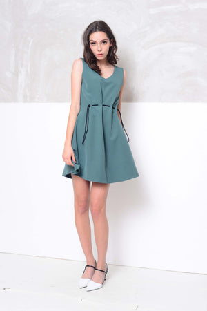 Collection- Slvless flare mini dress in green