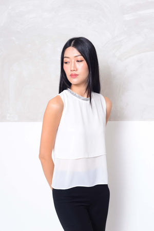 Basics-Slvless chiffon layer blouse in white