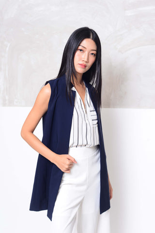 Collection-slvless trench coat in navy