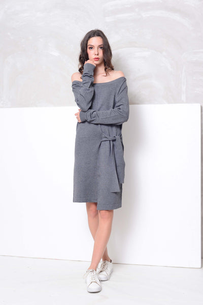 Knit- Wide shoulder ribbon tier mini dress in grey