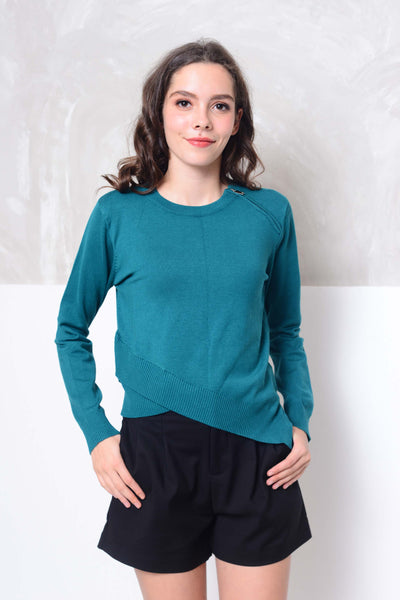 Knit- Round neck cross layer knit top in green