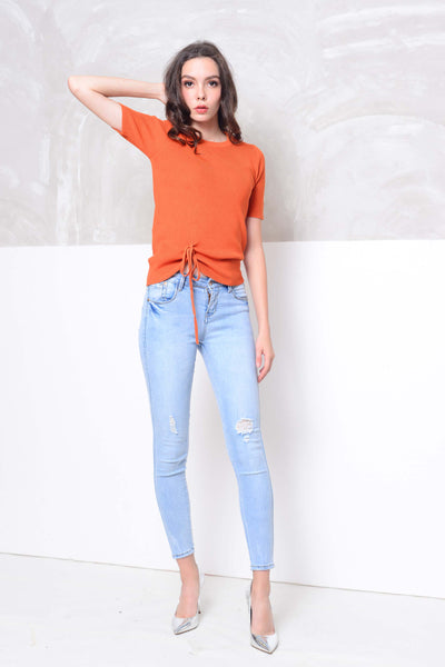 [FREE]Knit- V neckline front tier knit top in orange