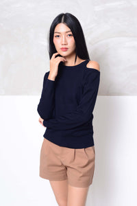 Knit- Cut out shoulder knit top in navy