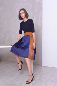 COLLECTIONS-Zelda Skirt in in Navy