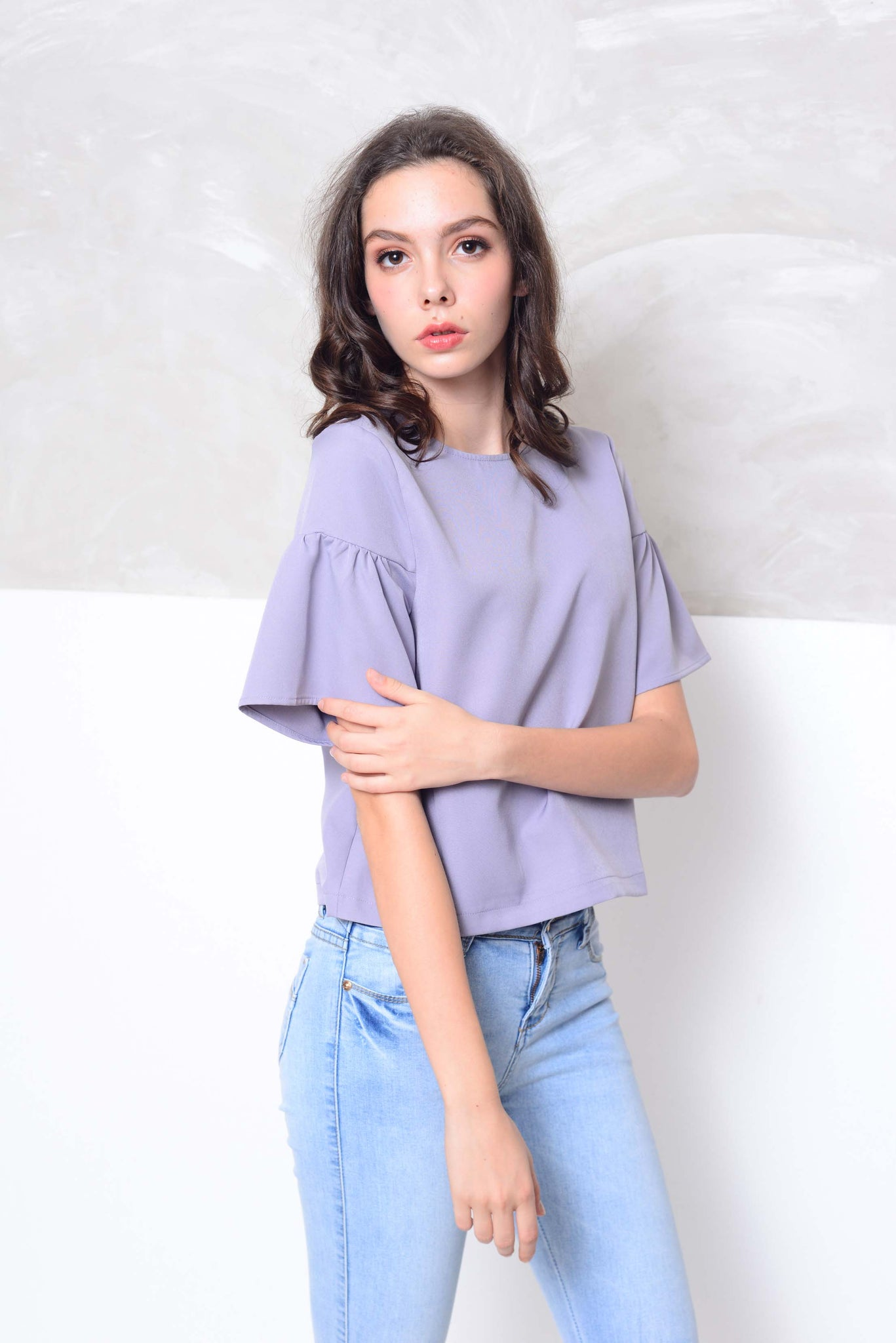 [FREE]Basics-Flare sleeve design blouse in blue