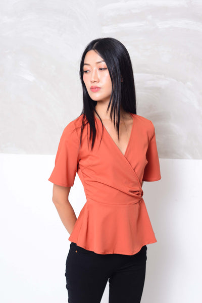 Casual-Design layer peplum blouse in red
