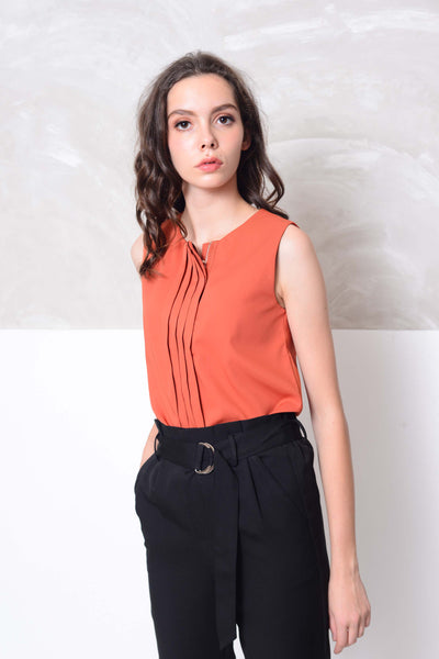 [BUY] Casual-Slvless design blouse in red