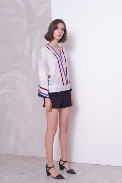 COLLECTIONS-Benita Blouse in  LT.Pink