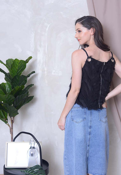 [BUY]Casual – Eyelet Crop Top in Black