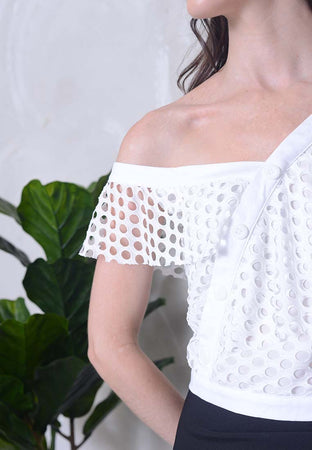 Casual – Slant Button Mesh Crop Top in White