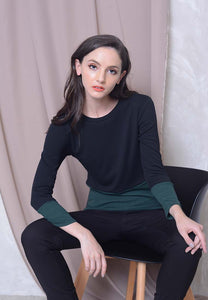 Casual – 2-Tone Knit Top in Green
