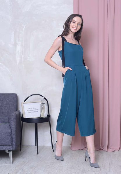 Casual –Ribbon Tier Jumpsuit in Green