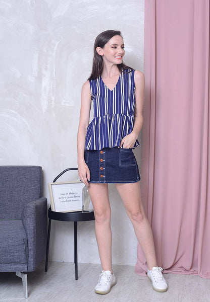 Casual - Stripes Prints Ribbon Top in Navy