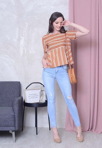 Casual – Stripes Top in Khaki