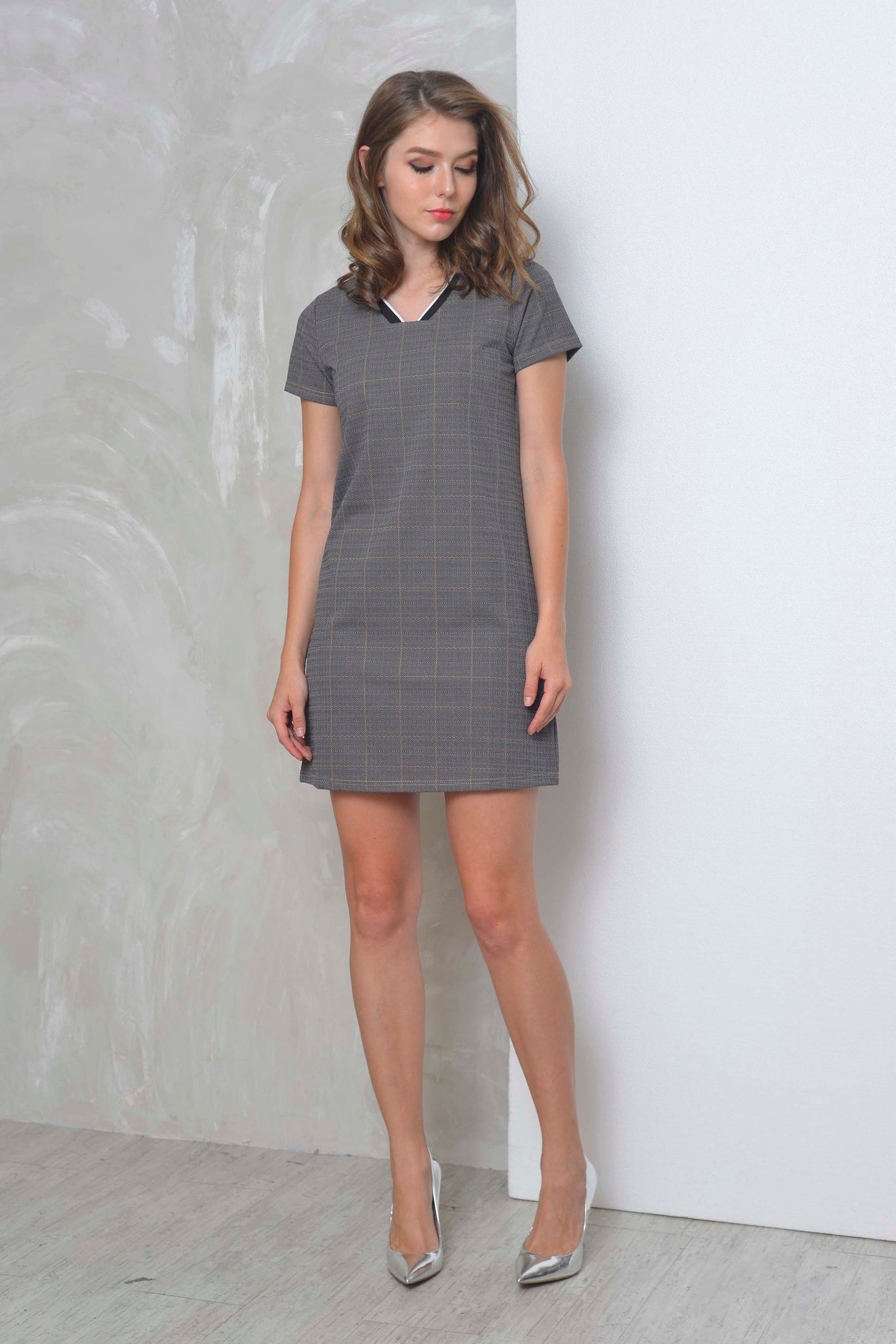 Casual-Cheval Dress in Grey