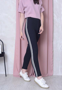 Casual – Sporty Stripes Jeggings in Black