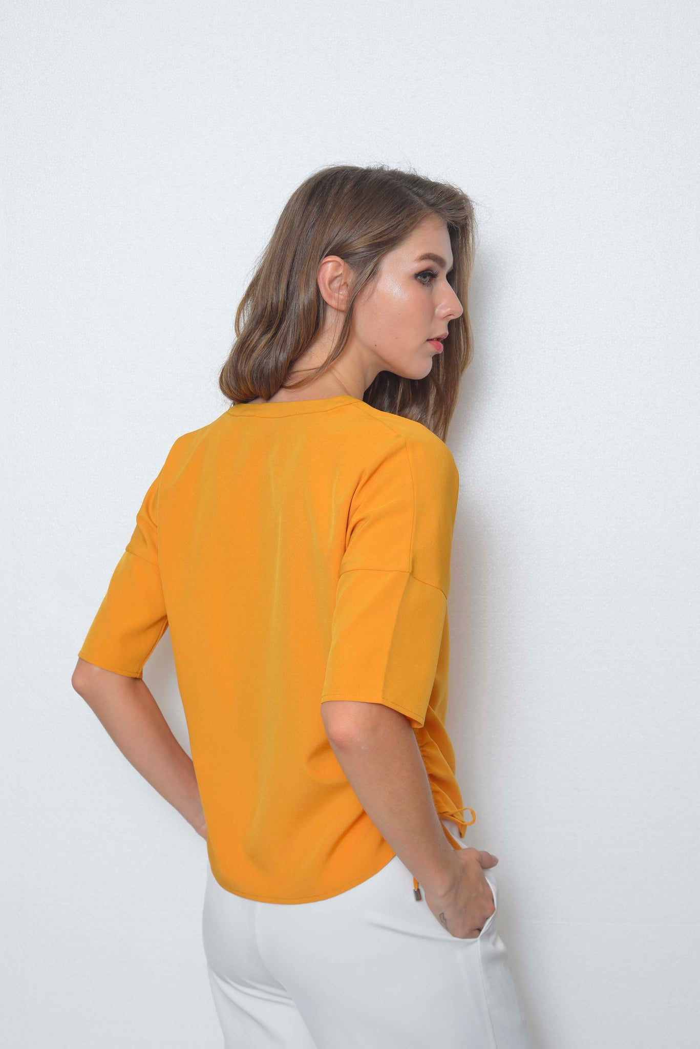 Casual-Cammi Top in Mustard