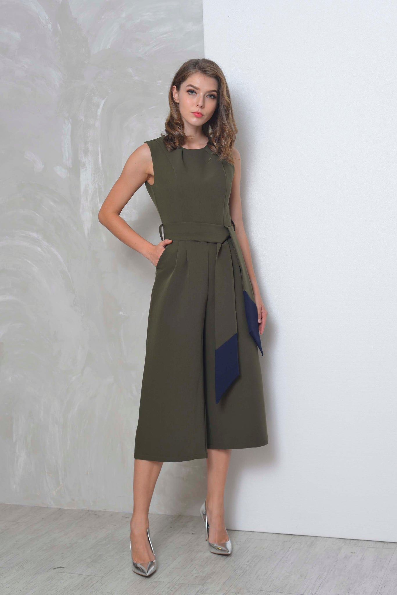 Collections-Vayle Jumpsuit in Ar.Green