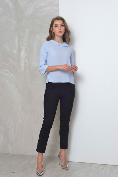Basics-Bayley Top in Blue