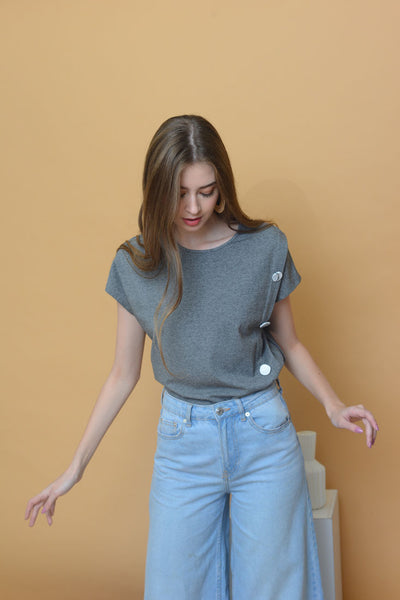 [BUY]Casual - Irregular Button Tee in Grey