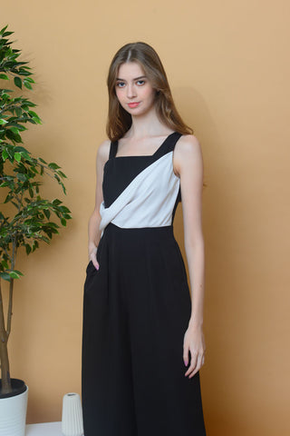 Collection – Drape Sleeveless Jumpsuit in Black