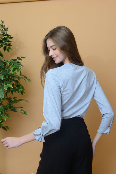 Casual - Basic Long Sleeve Tee in Grey