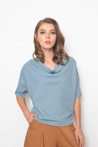 Casual-Faye Top in Blue