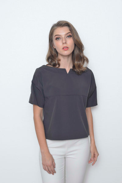 Casual-Dacey Top in Grey