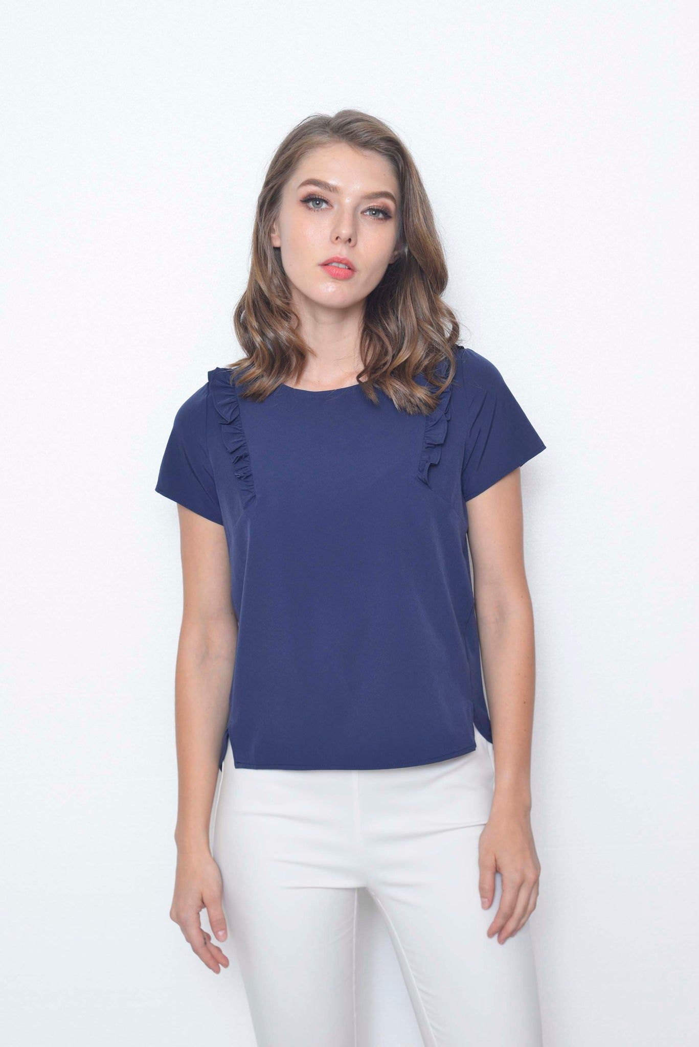 Basics-Jozlyn Top in Navy