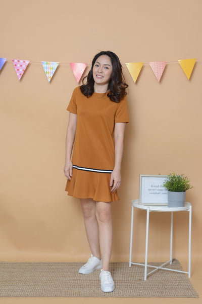 Casual - Fluted Hem Dress in Brown