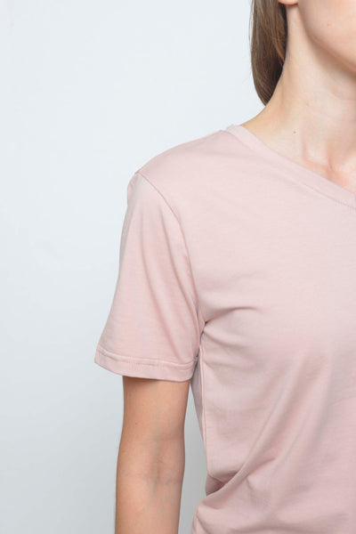 Casual-Casual Basic Tee in Pink