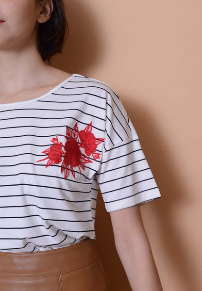 Casual-Embroidery Tee Stripes