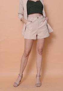 Collection – Classic Shorts in Brown
