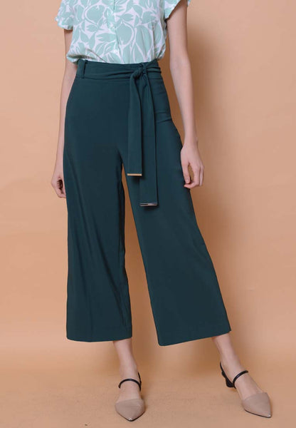 Casual - High Waisted Culottes in Green