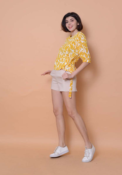 Lyden – Floral Puffy Sleeve Top in Mustard