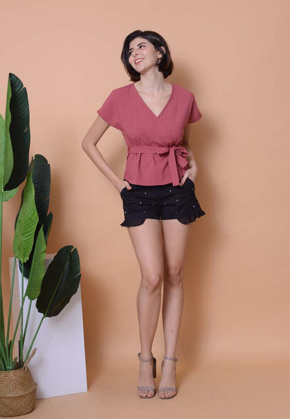Casual - Wrapped Top in Pink with pin