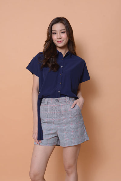 Casual-Collar eyelet top in navy