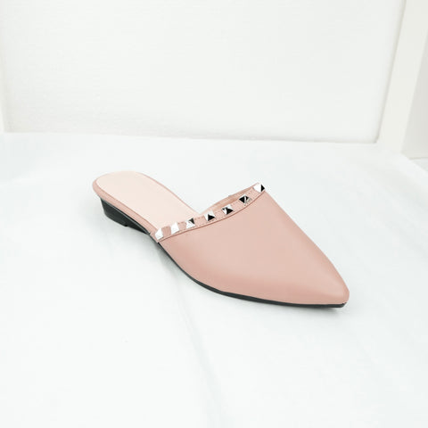 Studs Pointed Flat in Pink