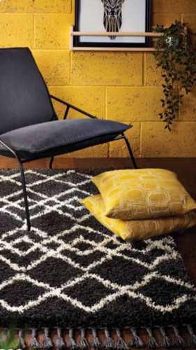 origin Morocco Modern Shaggy Rug with fringing black