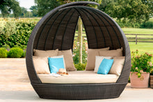 Rattan Lotus Daybed - Mixed brown