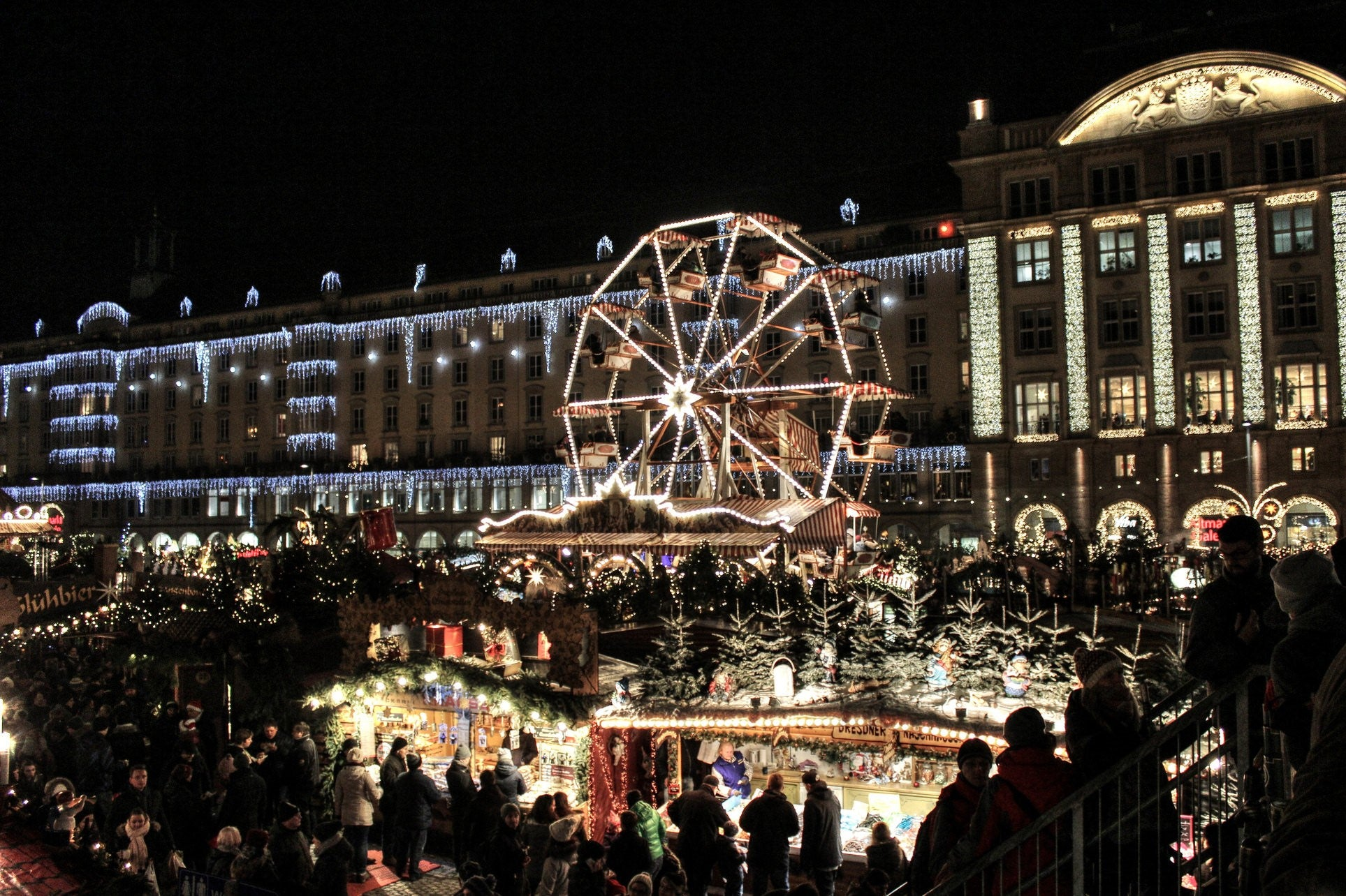 Which Country Hosts Striezelmarkt A Christmas Market Thats Been Held Since 1434.Christmas Markets To Visit This Noel Vember Vicarious Media