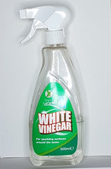 White vinegar can control mould and mildew smells in caravans and motorhomes