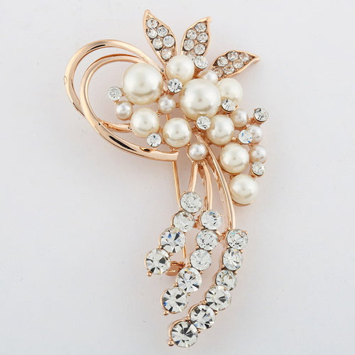 Brooches  Vintage Crystals Imitation Pearl Flower