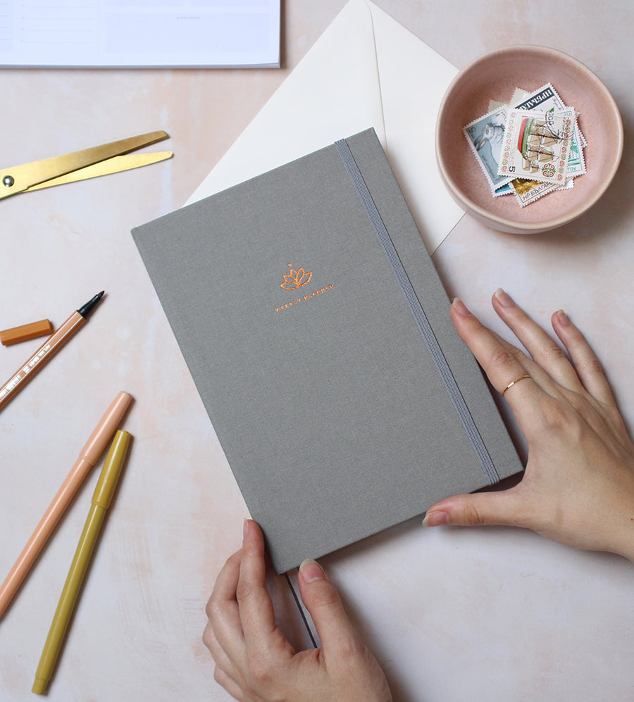 Picture of the Undated Ponderlily planner in grey