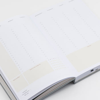 Weekly view of undated Ponderlily Planner