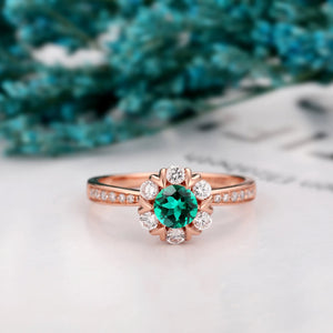 Classic Style Anniversary Ring, 0.5CT Round Cut Lab Created Emerald Ring