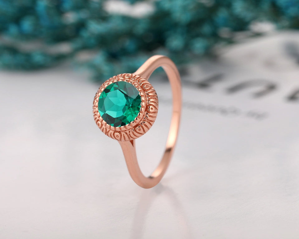 Minimalist Engagement Ring, Round Cut 7mm Lab Created Emerald Ring