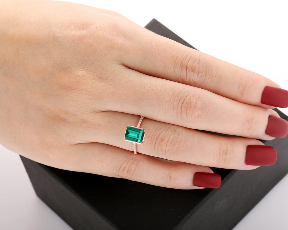 Handmade Jewelry, 6x8mm Emerald Cut Lab Created Emerald Promise Ring