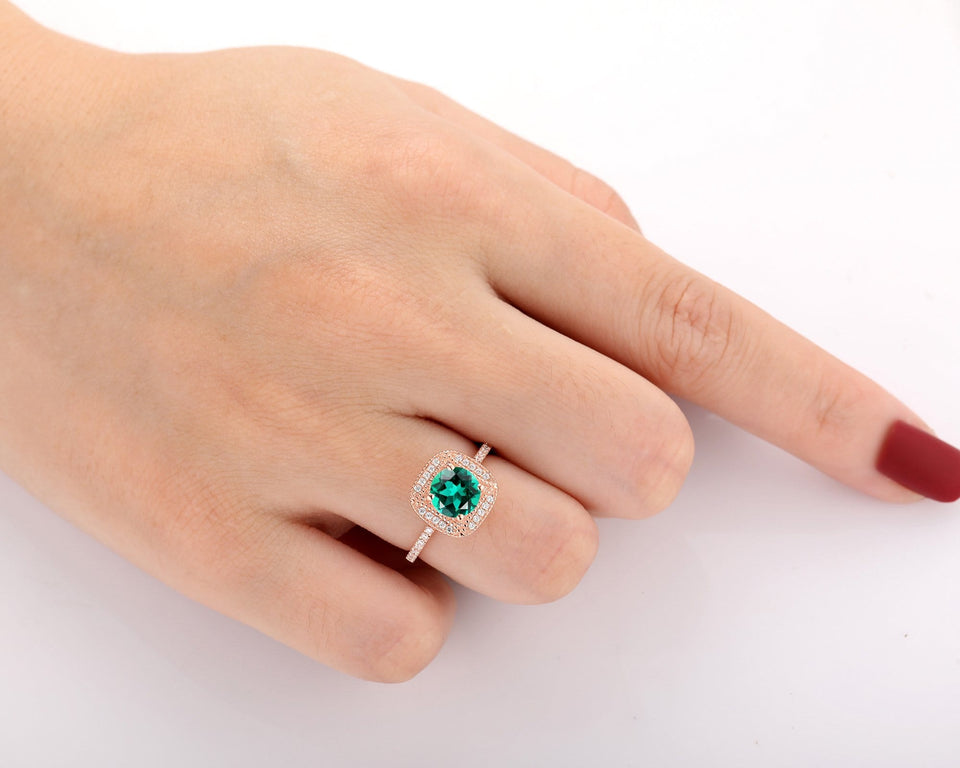 Birthday Gift, 7x7mm Round Cut Lab Created Emerald Promise Ring